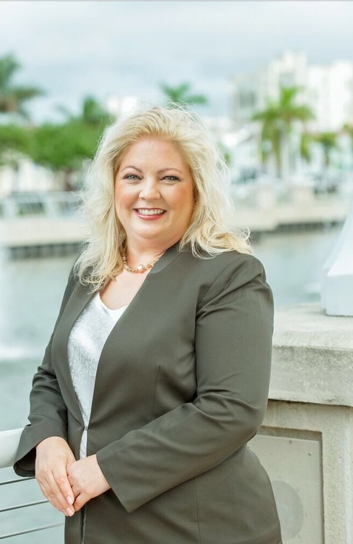 Robyn Farnsworth Fort Myers, Florida Real Estate